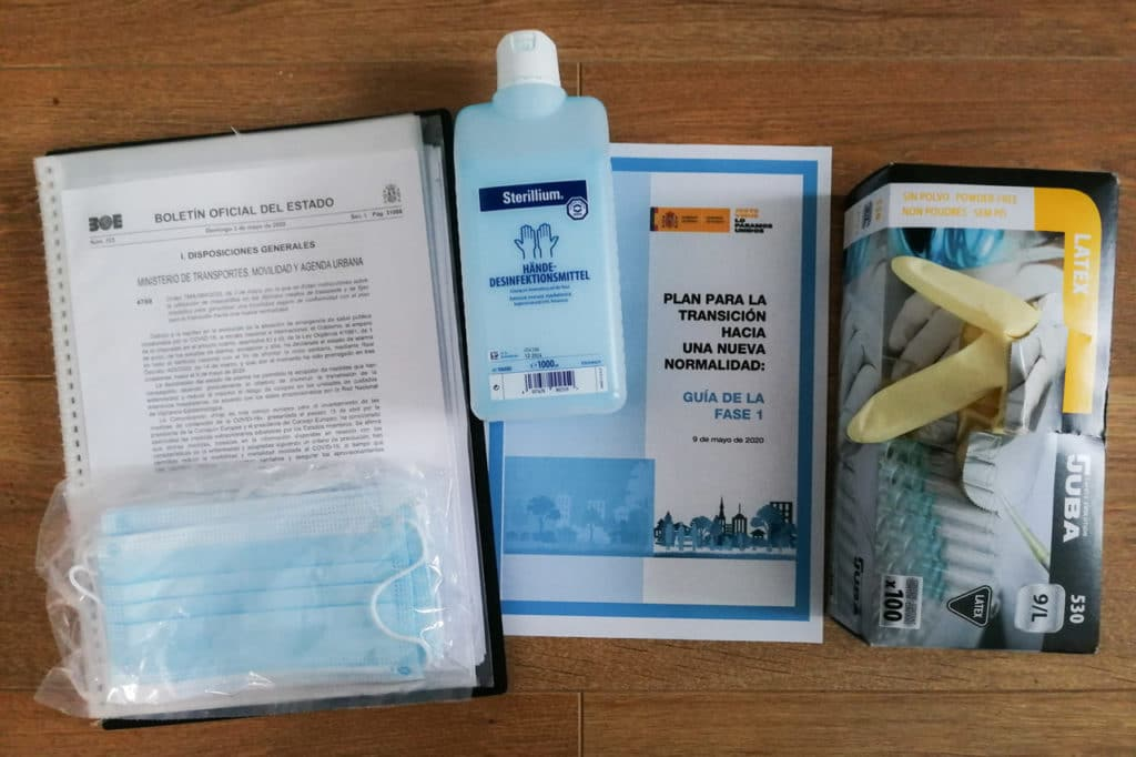 Material to follow the regulations for birdwatching during Phase 1 of lockdown end